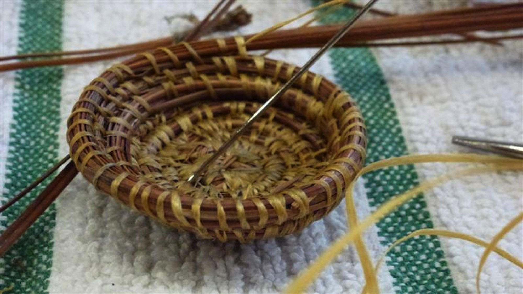 weaving from the wild with verna stevens  invermere